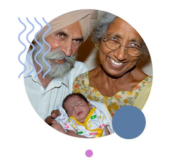 В Индии 74-летняя женщина родила двойняшек